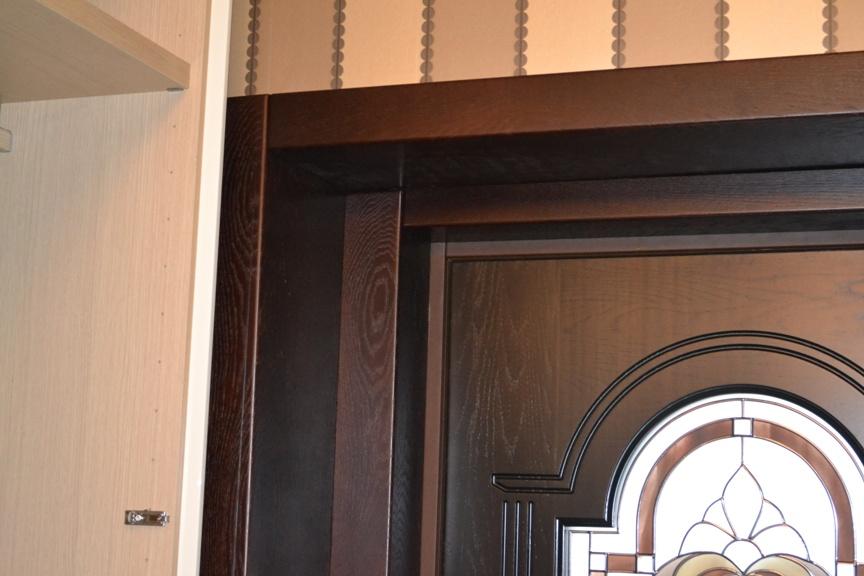 дереные откосы на входную дверь