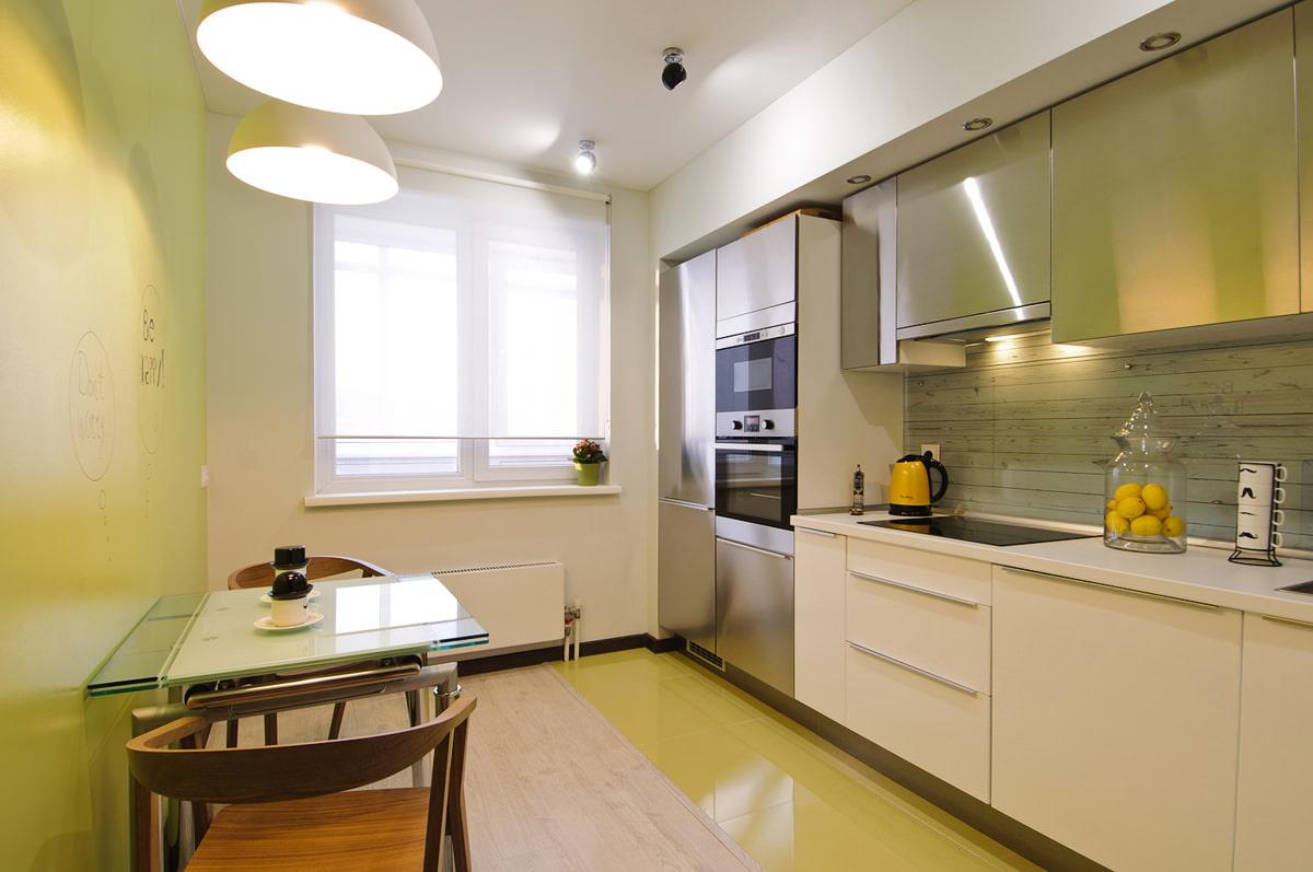 дизайн кухни с рулонными шторами