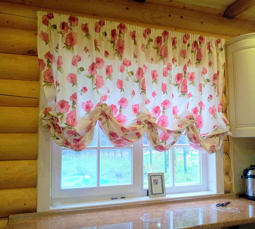 французские короткие шторы на кухню