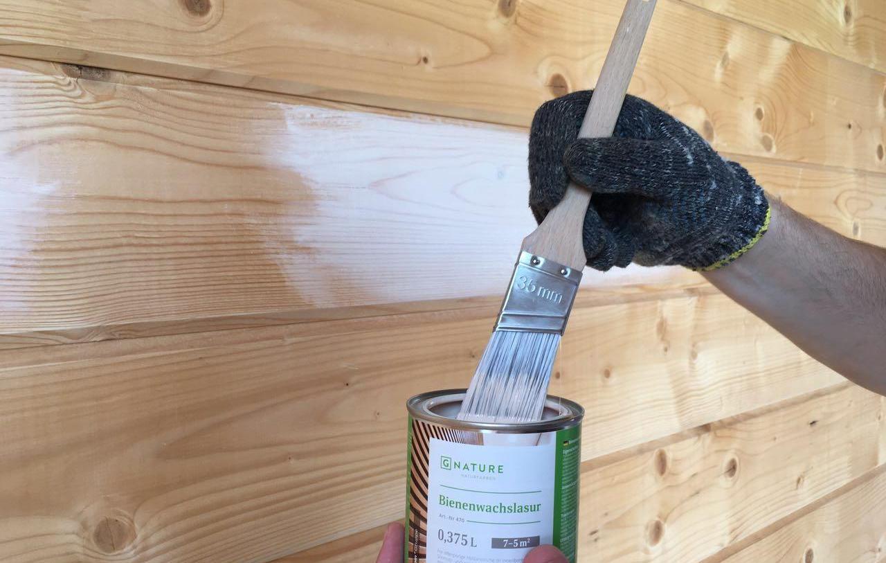 как выбрать фасадную краску по дереву