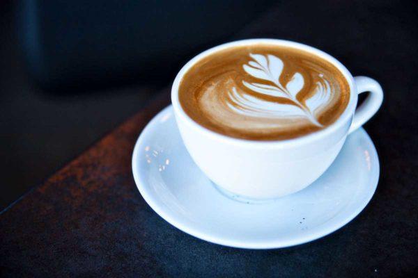 Напиток готовится очень быстро и избавляет от постоянной необходимости чистки кофемашины.