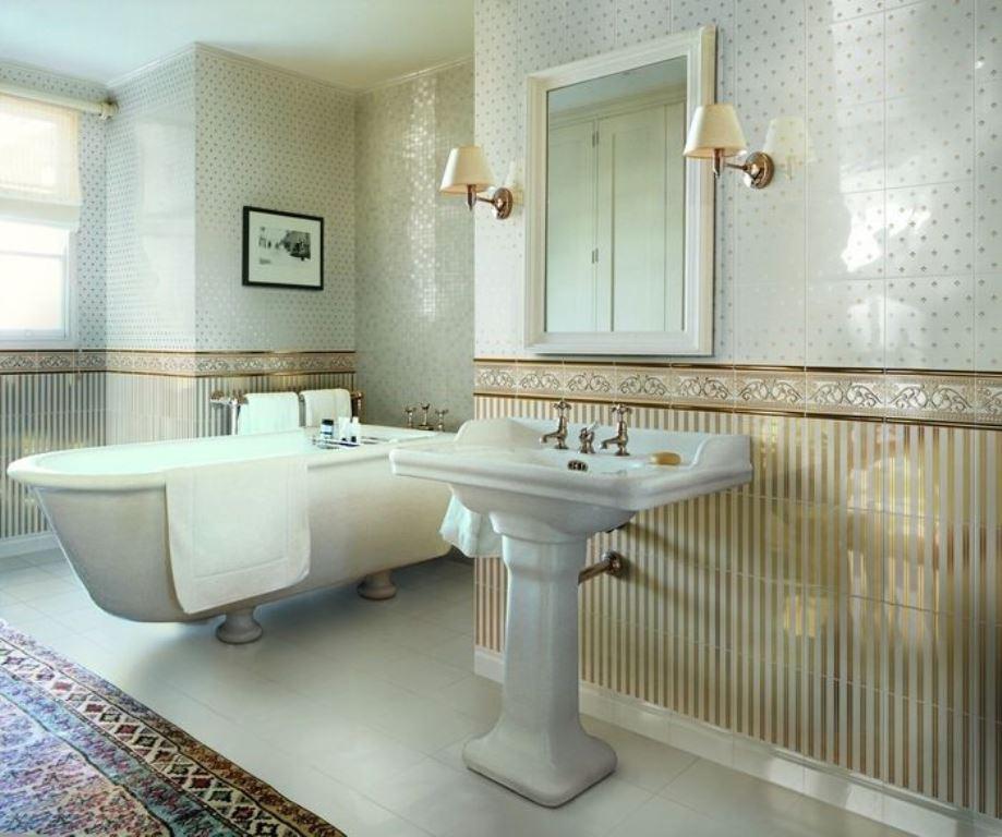 керамический плинтус в интерьере ванной