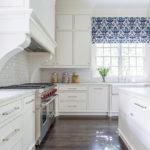 короткие шторы на кухне идеи дизайн