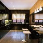 короткие шторы на кухне фото декор