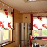 короткие шторы на кухне виды идеи