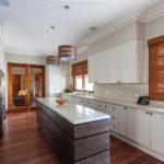 короткие шторы на кухне дизайн фото