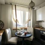 короткие шторы на кухне фото дизайн