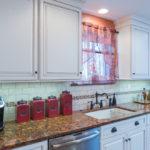 короткие шторы на кухне фото дизайна