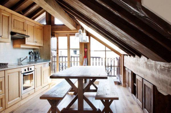 Шале является отличном выбором для уютного деревянного дома