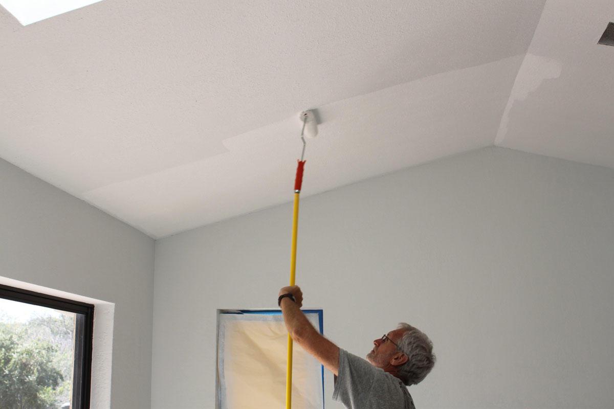 латексная краска для потолка