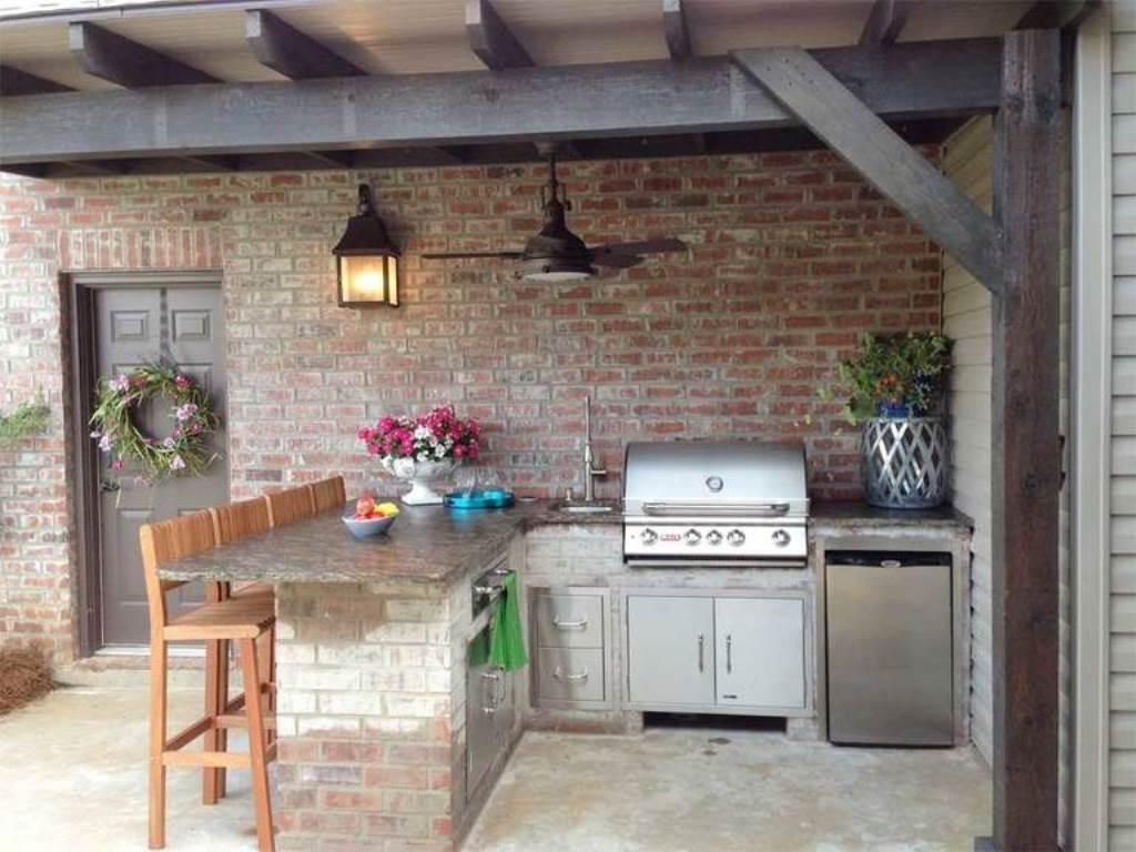 летняя кухня из кирпича
