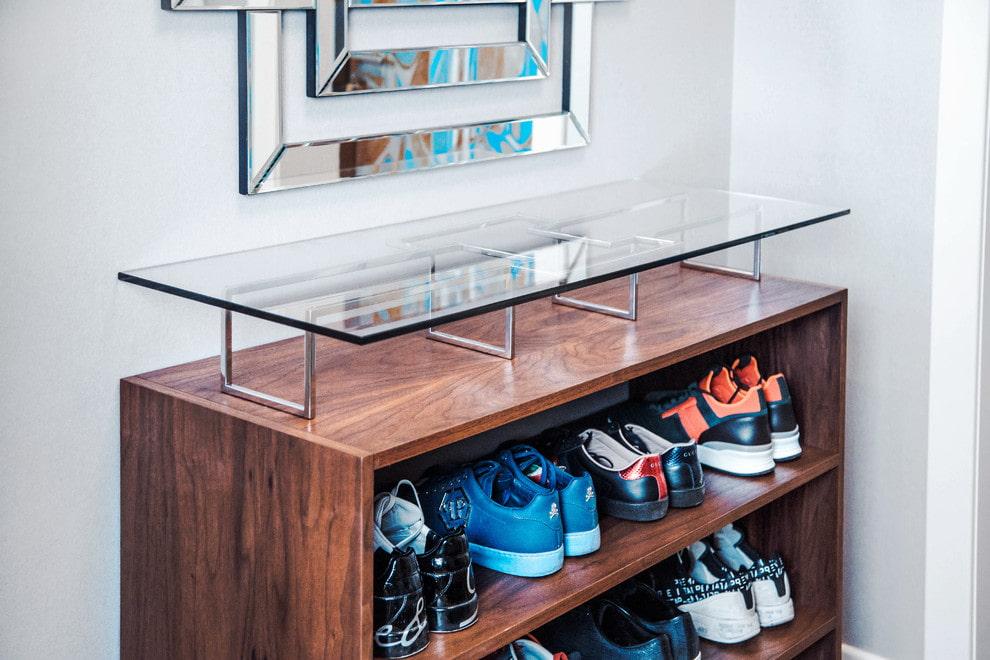 обувница в прихожей комбинированный вариант
