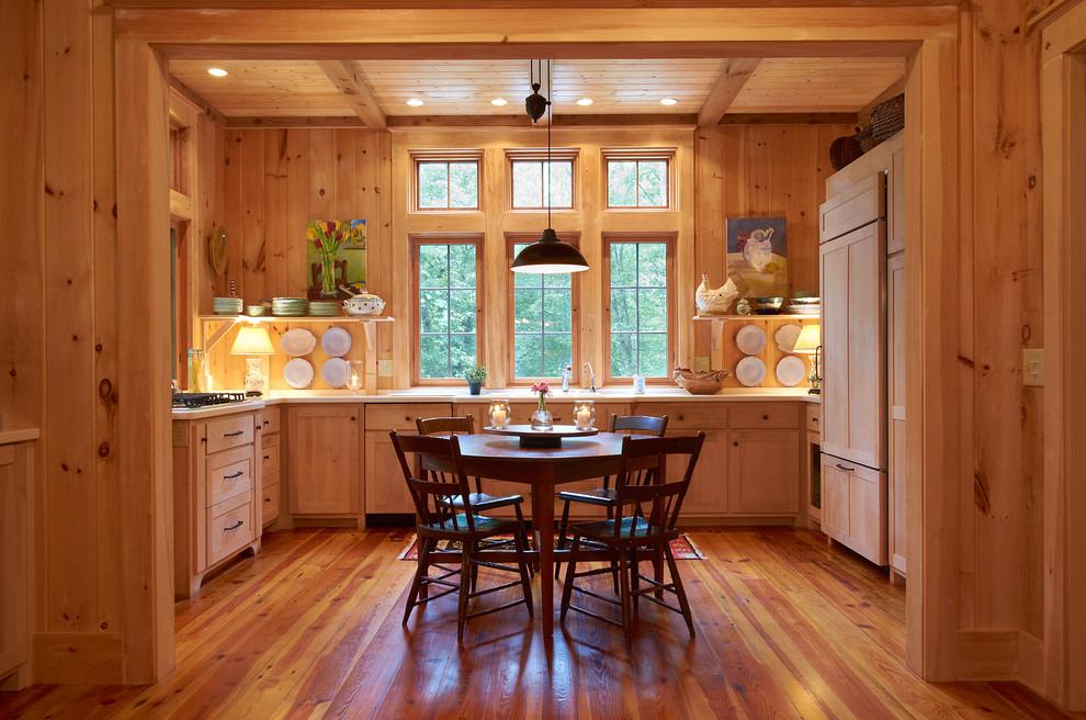 отделка стен деревом на кухне
