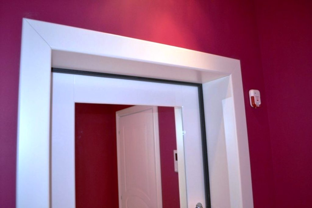 отделка входной двери панелями пвх