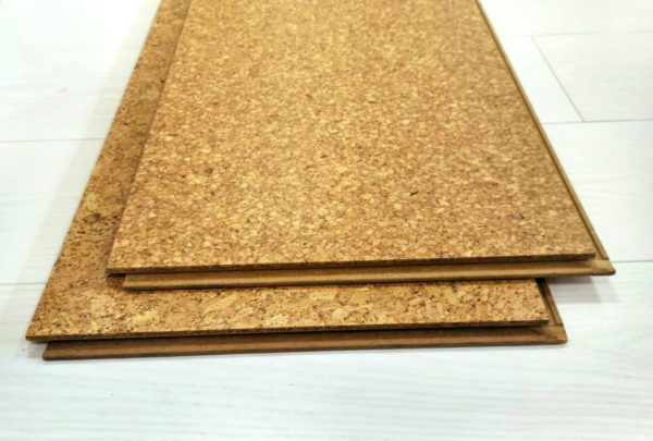 Подкладка из измельченной натуральной коры пробкового дерева является наиболее экологическим материалом из всех выпускаемых подстилок