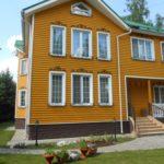 покраска деревянного дома оформление фото