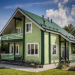покраска деревянного дома виды оформления