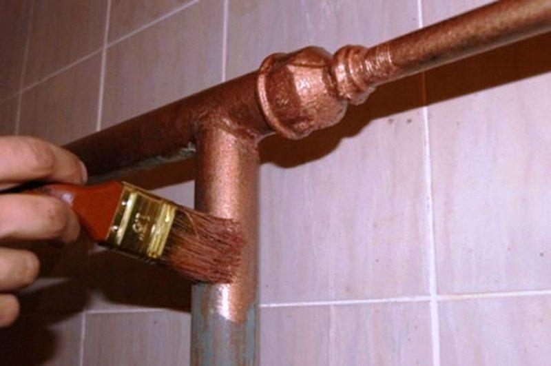 покраска труб в ванной