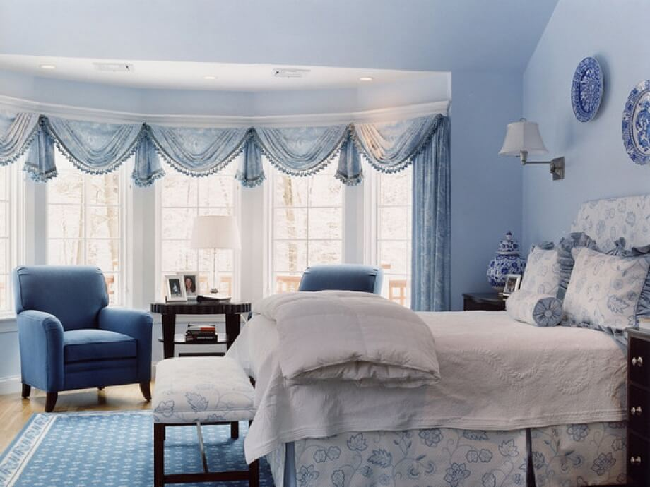 шторы до подоконника в спальне варианты