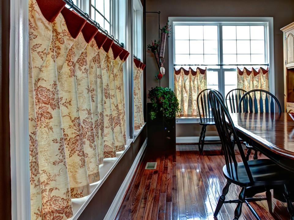 шторы кафе на кухне