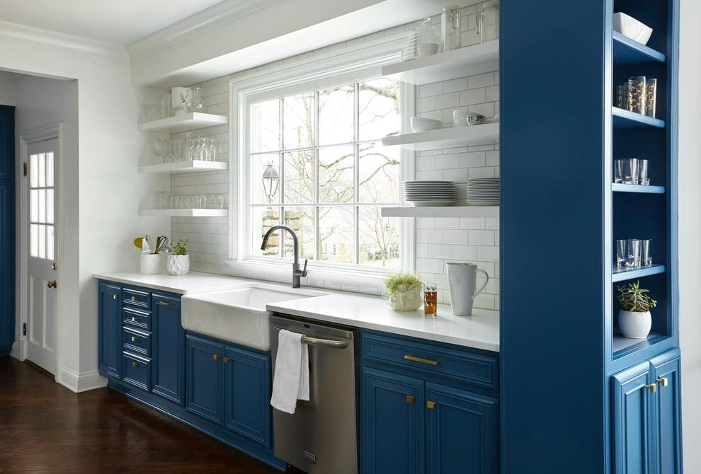 сине белая кухня