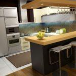 совмещение плитки и ламината на кухне дизайн идеи