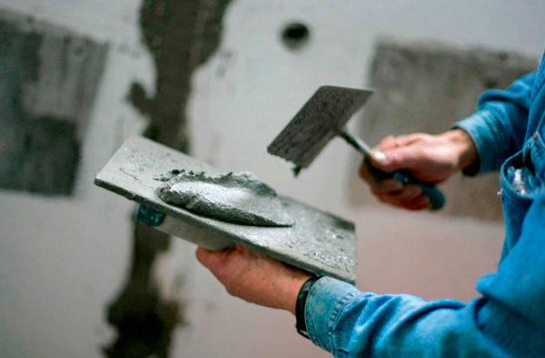 Кельма-штукатурная. Накладка, набрасывание и разравнивание цементно-песочных смесей