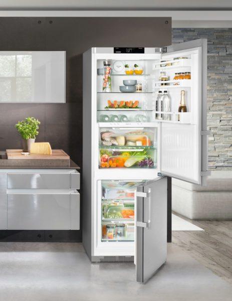 Максимально допустимый наклон холодильника – не более 15 градусов.