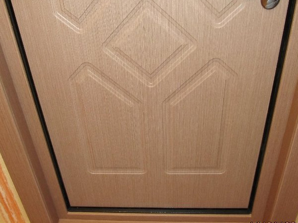 варианты обивки дверей мдф