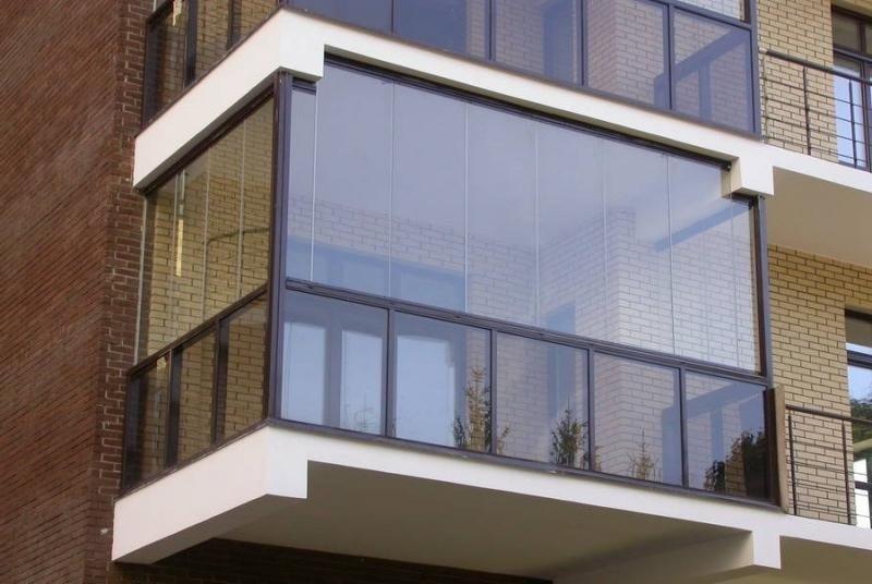 застекленный балкон