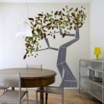 геометрическое дерево на стене