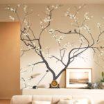 дерево в интерьере как украшение стен
