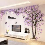 дерево на стене с фиолетовыми цветами