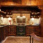 деревянная кухня кантри