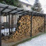 не сложная конструкция дровяника для дачи