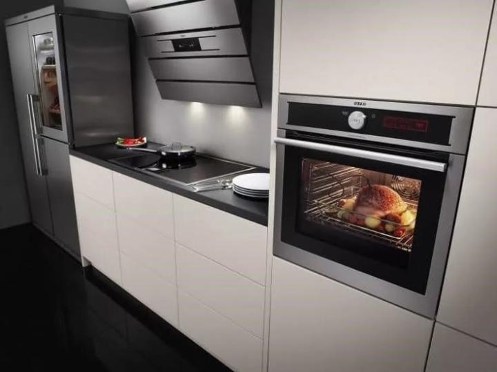 духовка на кухне