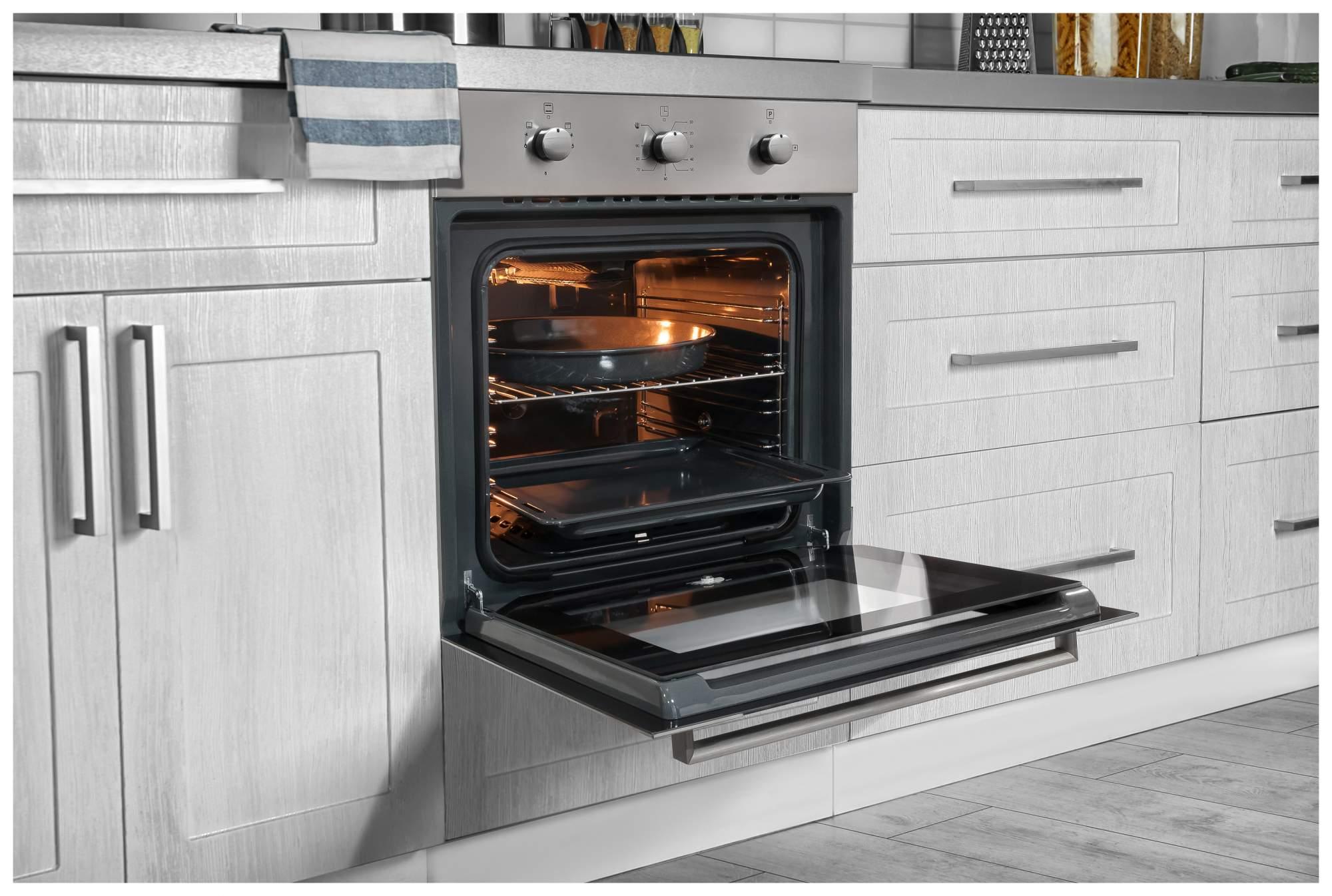 газовая духовка с горелкой