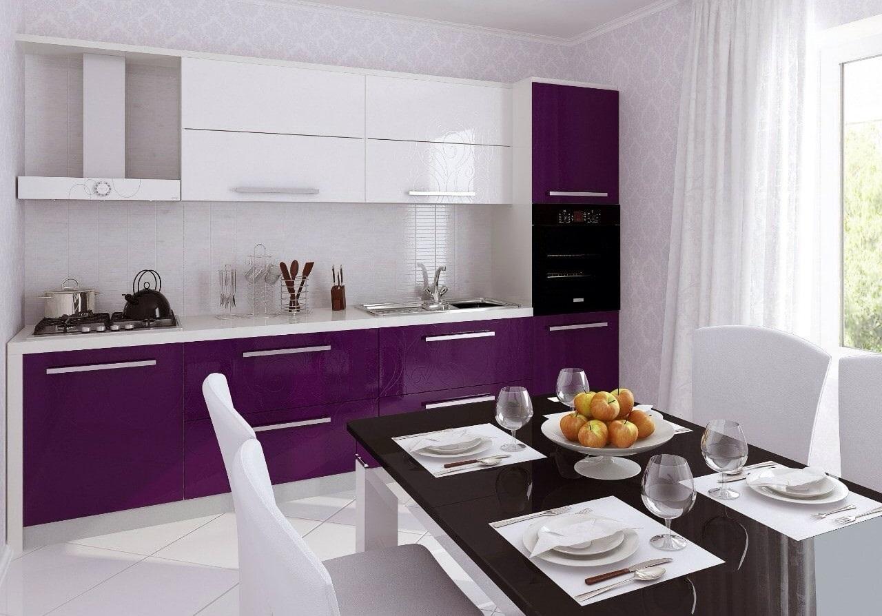 срогий дизайн мебеди в фиолетовой кухне
