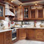 интересная деревянная кухня