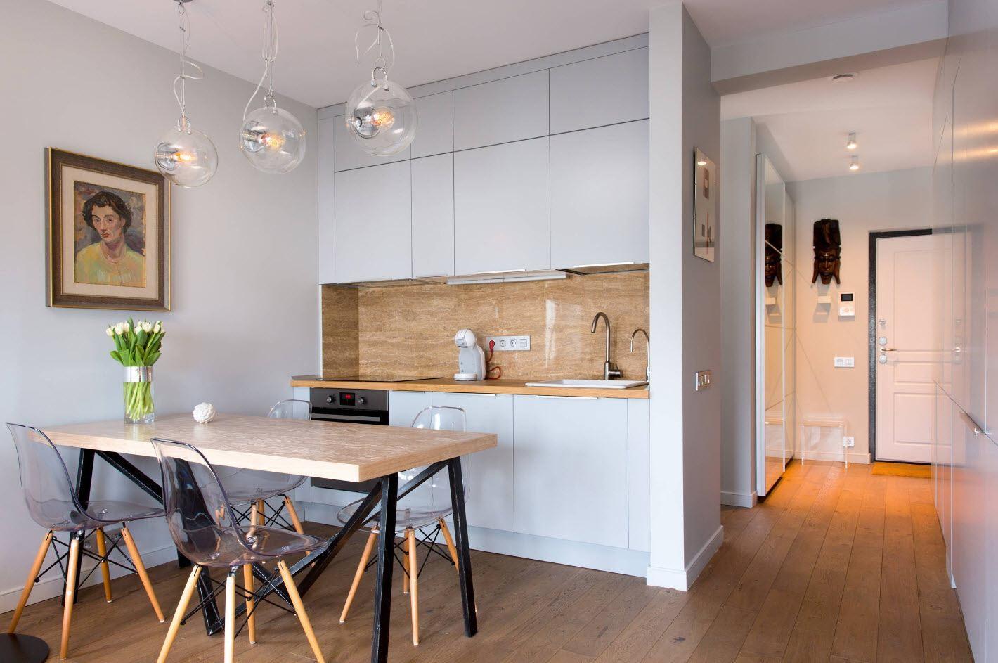 стеклянная мебель для совмещенной кухни