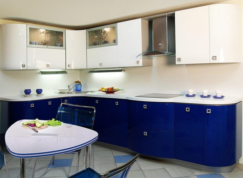 сине-белый гарнитур на кухне