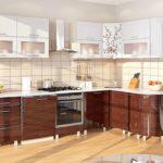 лаковая деревянная кухня