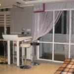 шторы из нитей - оформляем кухонное окно