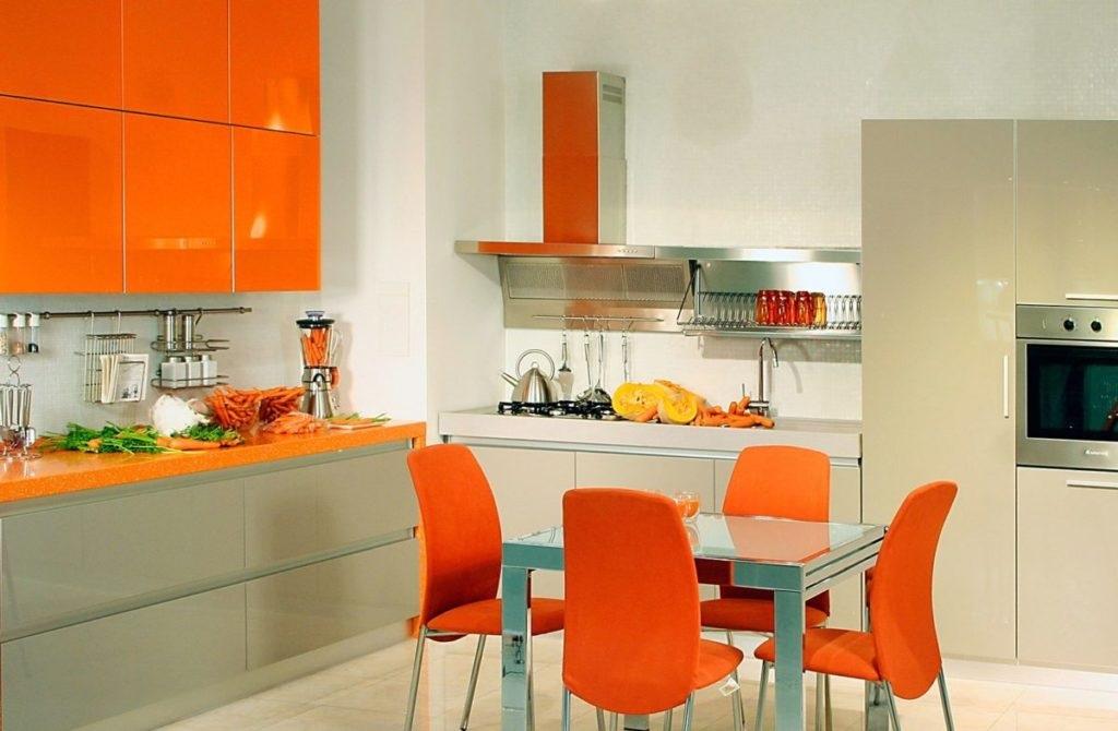 оранжевый дизайн кухни