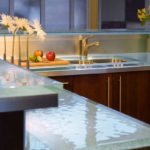 современный кухонный плинтус
