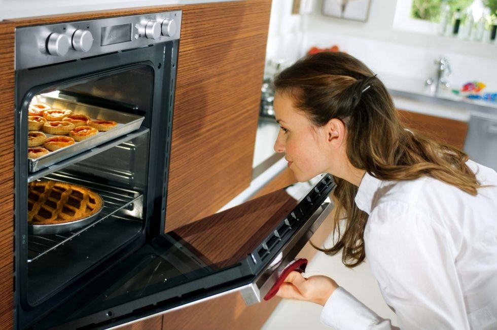 приготовление пищи в духовке