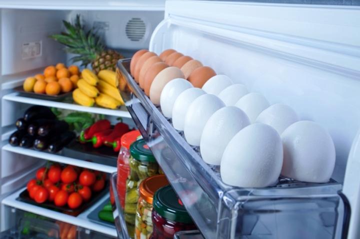 продукты в дверце холодильника