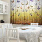 штора для кухни с бабочками