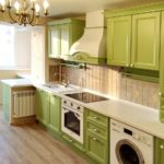 как оформить полы в кухне оливкового цвета