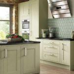дизайн оливковой кухни
